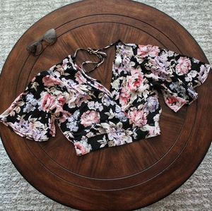 Sao Paolo Floral Short Sleeve Crop Top NWT
